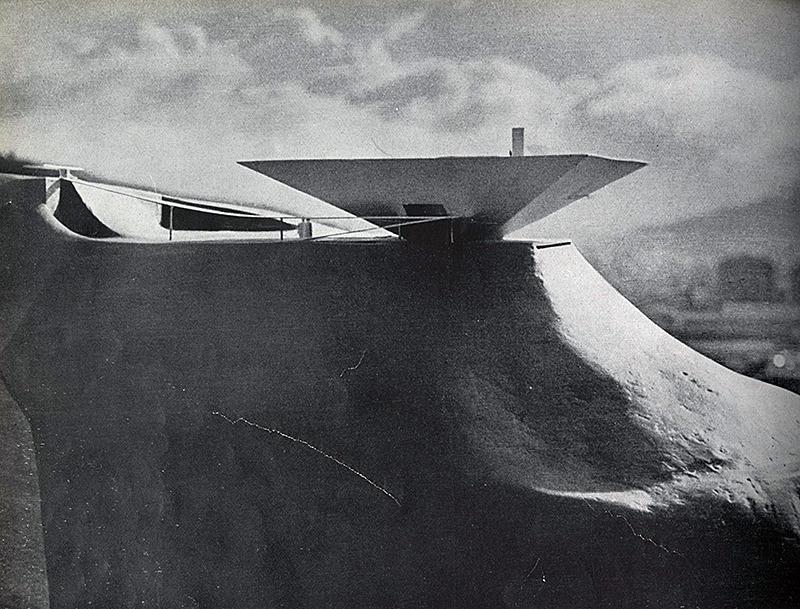 Oscar Niemeyer. Domus 317 April 1956, 4
