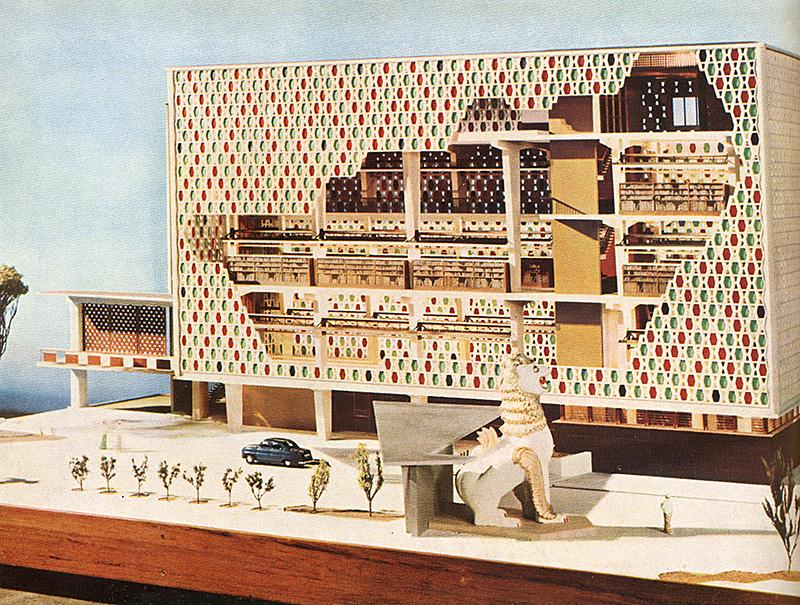 Raglan Squire. Architectural Review v.120 n.717 Oct 1956, 252