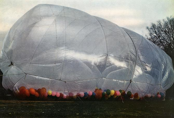 Christo. Domus 448 March 1967, 51
