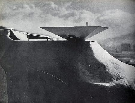 Oscar Niemeyer. Domus 317 April 1956, 4