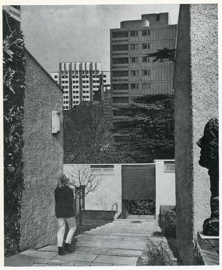 Ivor De Wolfe and Kenneth Browne. Civilia. Architectural Press London 1971, 120
