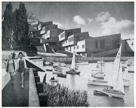 Ivor De Wolfe and Kenneth Browne. Civilia. Architectural Press London 1971, 96